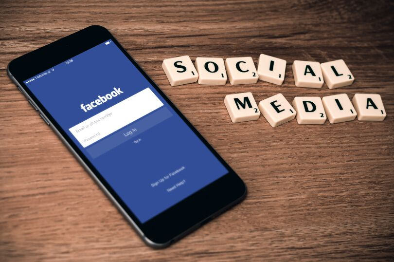 Social Media Marketing - One of the best online jobs so you can work from wherever in the world you call home