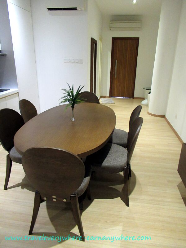 Penang Island Plaza - Living area